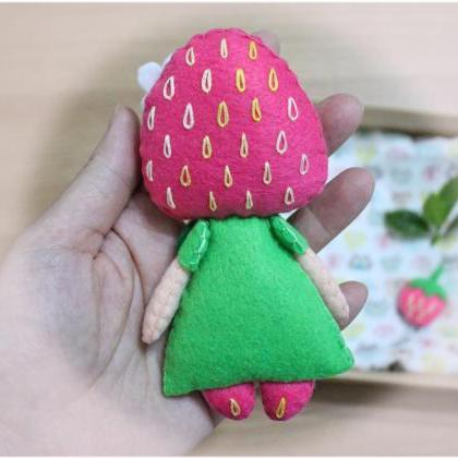 Strawberry Girl - PDF Doll Pattern