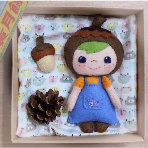 Acorn Girl - PDF Doll Pattern
